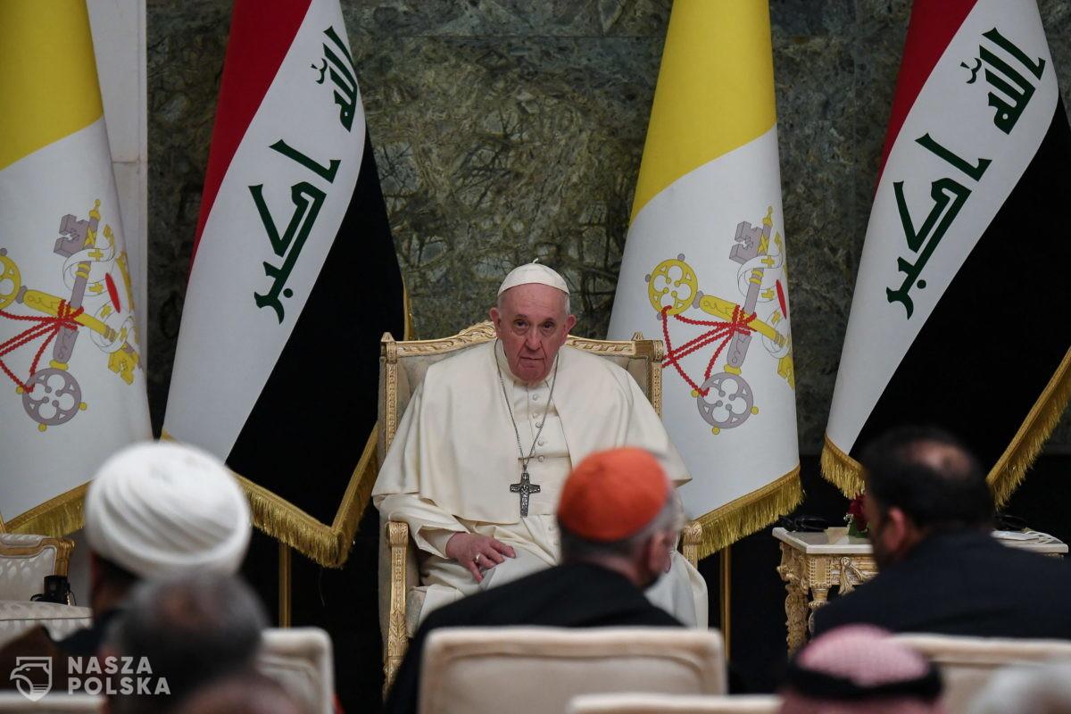 Irak/ Ważne gesty papieża: spotkanie z ajatollahem i podróż do kolebki religii