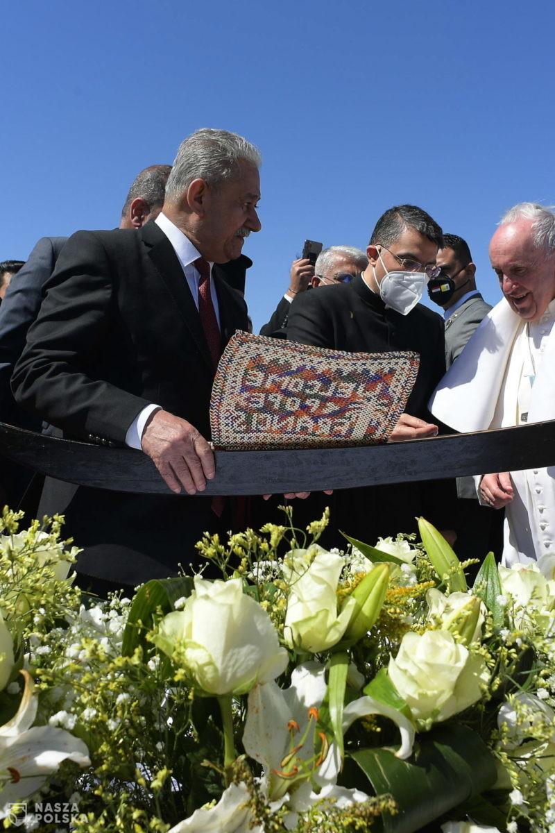 Papież w Iraku: Ekstremizm i przemoc są zdradą religii