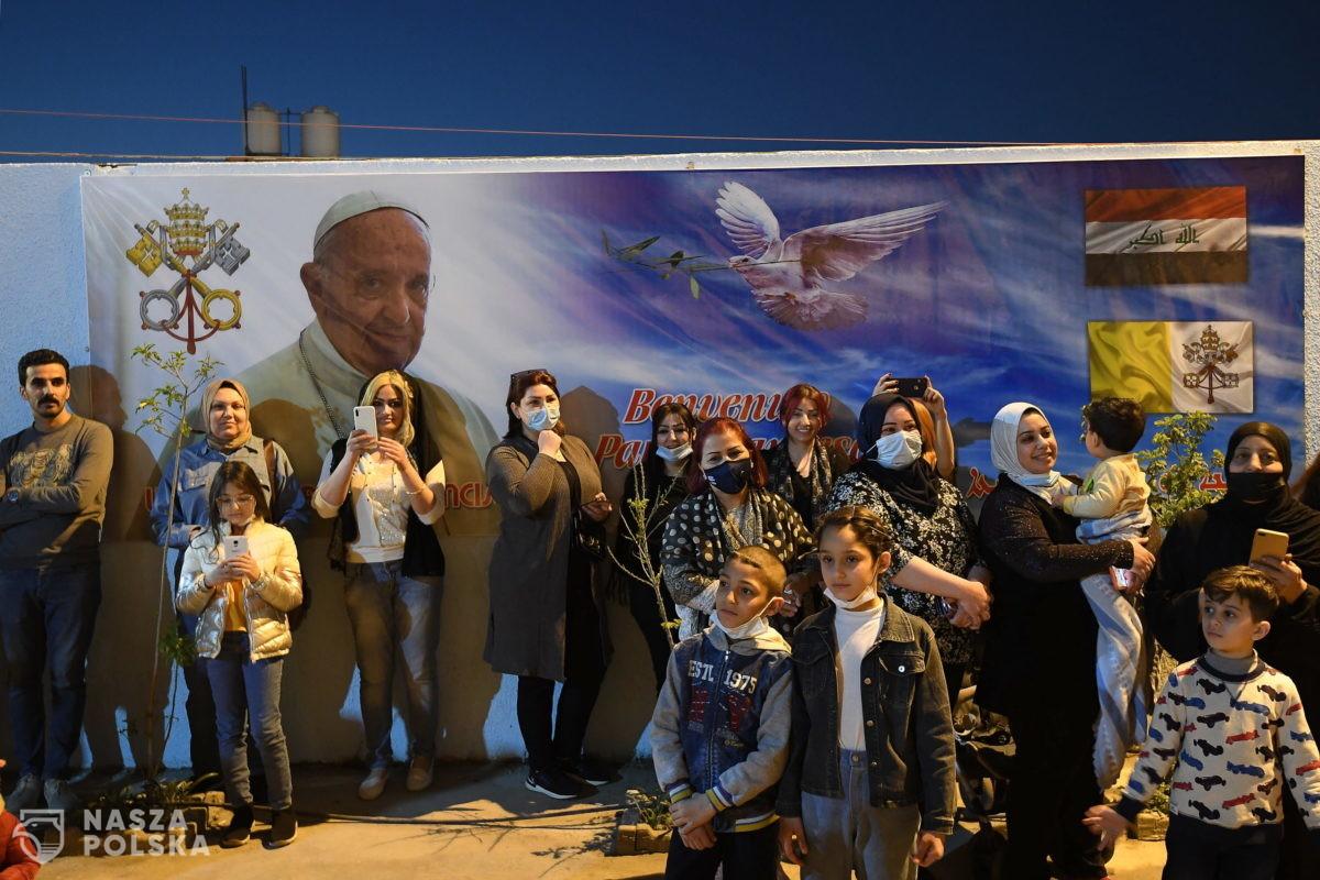 Irak/ Papież udaje się do miast zniszczonych przez Państwo Islamskie