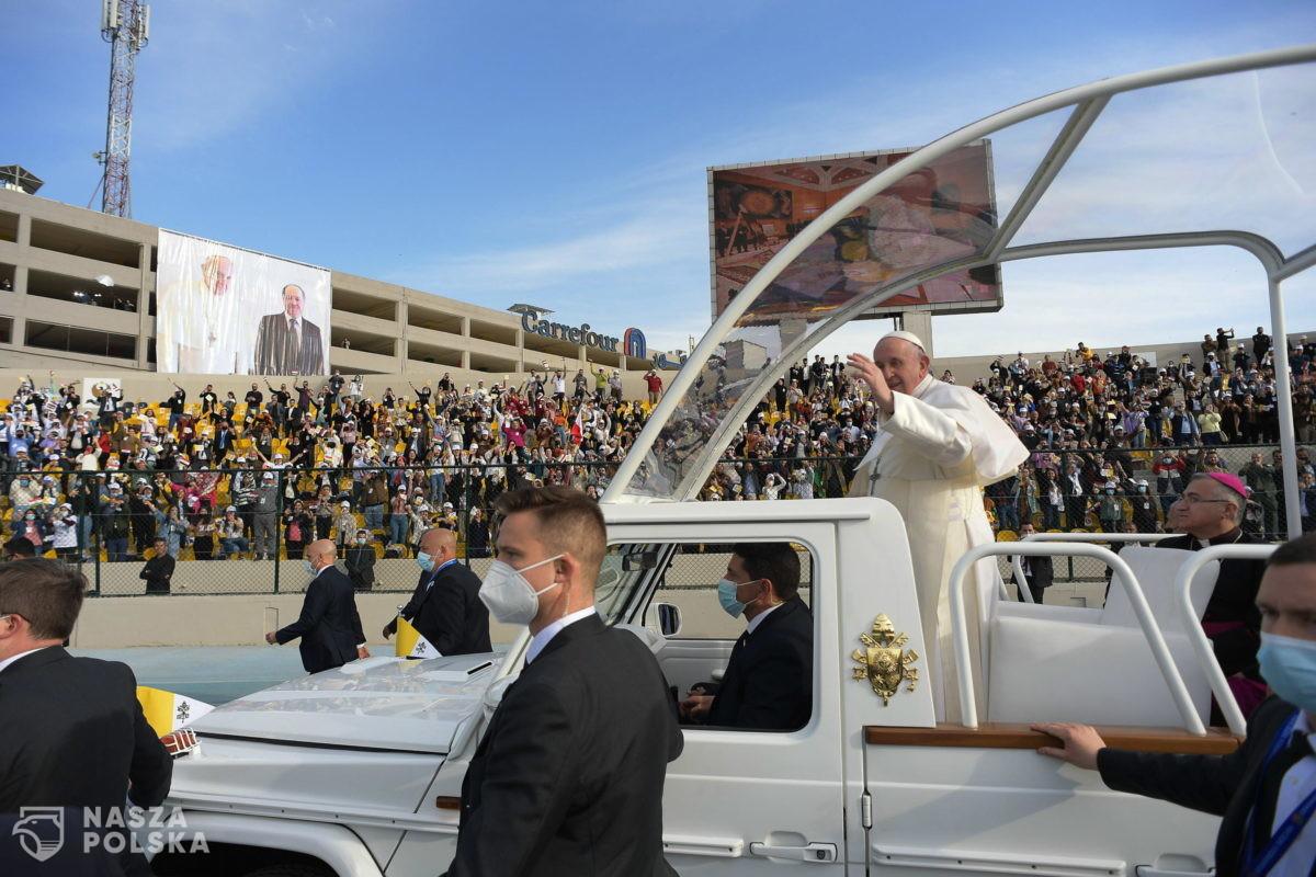 10 tysięcy osób na papieskiej mszy w Irbilu