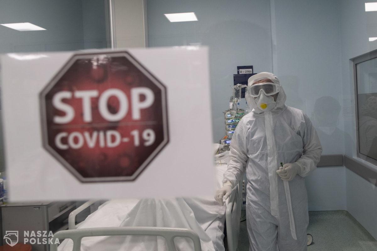 Ministerstwo Zdrowia: 917 nowych zakażeń koronawirusem, zmarło 20 osób z COVID-19
