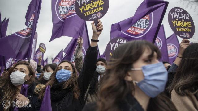 Turcja wycofała się z konwencji stambulskiej. Protest kobiet