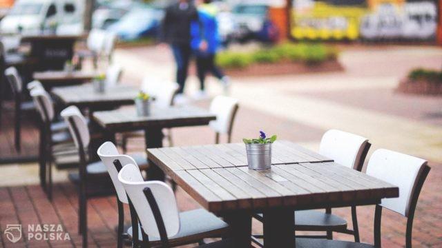 Rząd dementuje plotki, jakoby miał pracować nad obniżeniem podatku VAT dla gastronomii