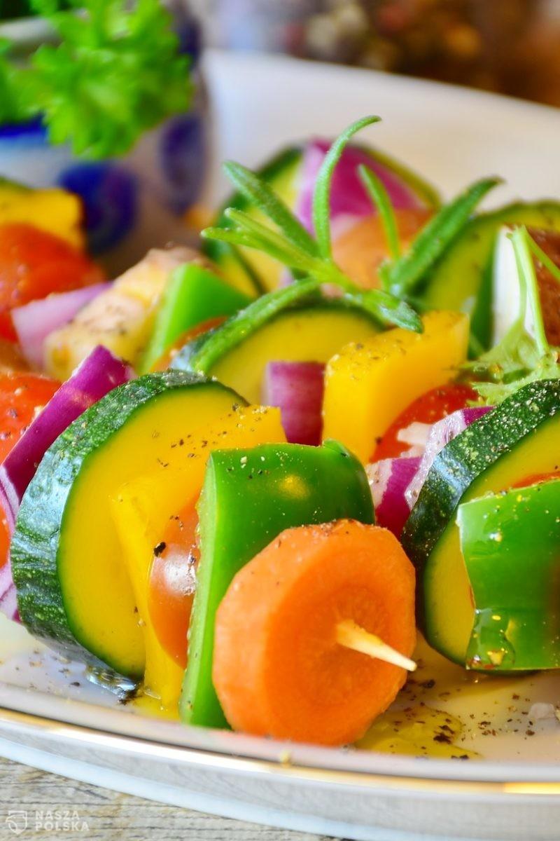 Polacy coraz chętnie sięgają po produkty wegańskie