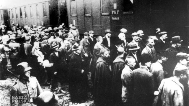 Muzeum Auschwitz zaprasza uczniów do akcji społecznej