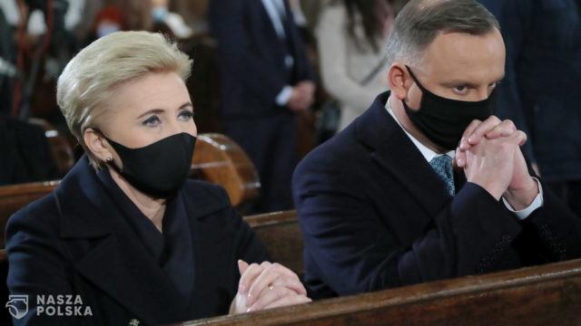 W Archikatedrze Warszawskiej odbyła się msza święta w intencji ofiar katastrofy smoleńskiej