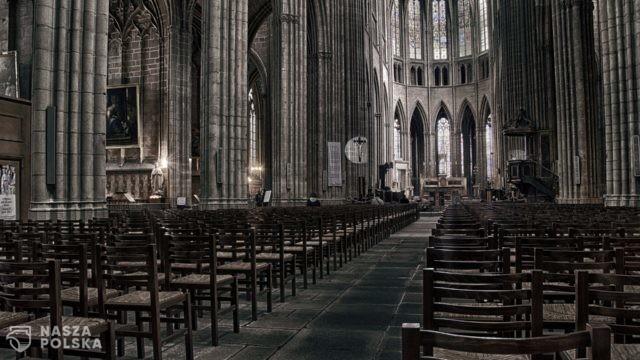 Msze wielkanocne w Europie: na Słowacji do kościoła tylko z negatywnym testem, w Niemczech bez śpiewów