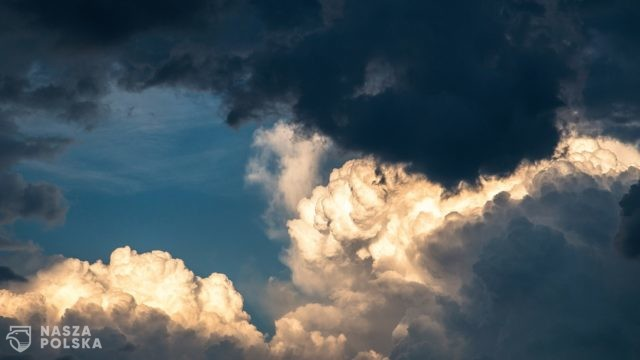 IMGW na majówkę: weekend pod znakiem chmur, ale pojawi się też słońce; na południu nawet 21 st. C