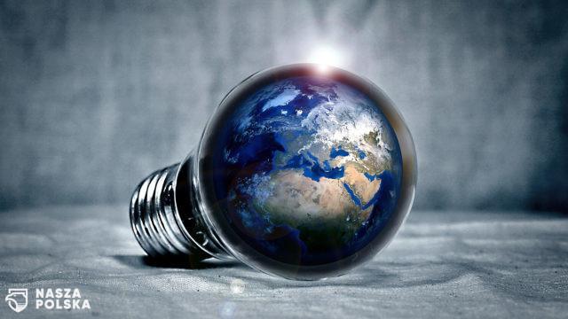 """Prezent dla ziemi w """"Godzinę dla Ziemi""""?"""