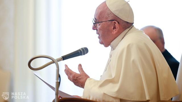 Papież: potrzebna solidarność szczepionkowa na świecie