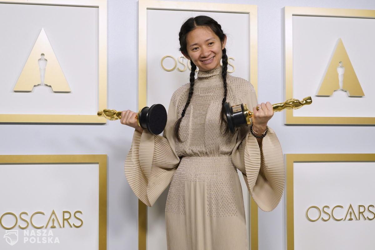 """Oscary 2021. """"Nomadland"""" otrzymał trzy statuetki"""