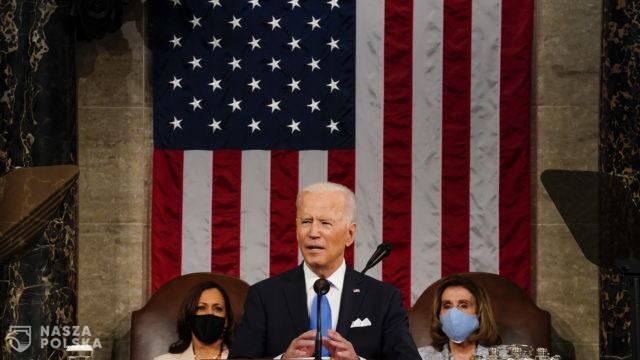USA/ Sto dni prezydenta. Biden w Kongresie: Ameryka rusza naprzód