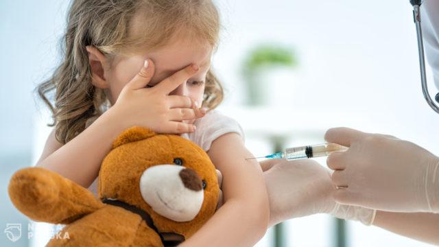 Fundacja Rzecznik Praw Rodziców sprzeciwia się nakłanianiu dzieci do szczepień na COVID-19