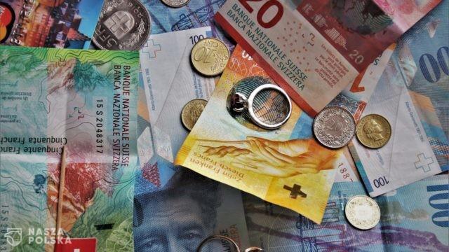 Liczba spraw wniesionych przez frankowiczów przeciwko bankom przekroczyła 36 tys.