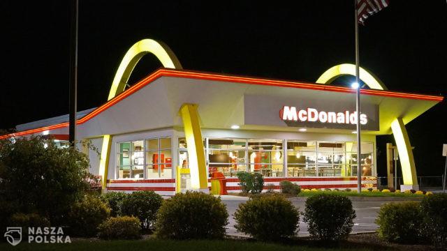 McDonald's został pozwany o 10 miliardów dolarów za to, że nie reklamuje się w mediach będących własnością Czarnych