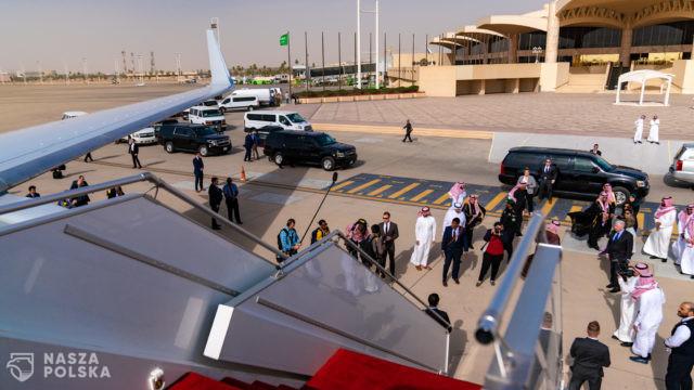Arabia Saudyjska/ Niezaszczepieni nie mogą wyjechać za granicę