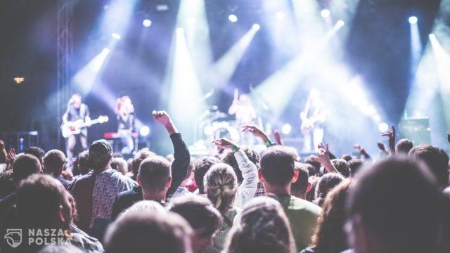 250 osób na koncertach bez numerowanych miejsc. Z numerami – połowa widowni