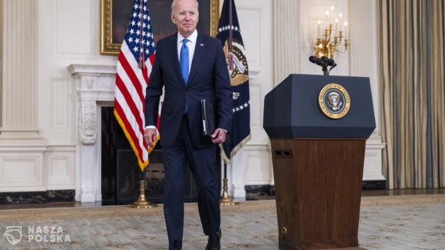 Prezydent USA naciska na służby, by wyjaśniły pochodzenie COVID-19