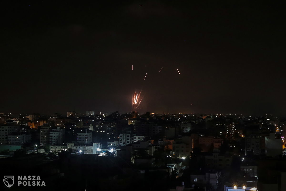 Izrael/ 15 członków Hamasu zabitych w nalotach w odwecie za atak rakietowy