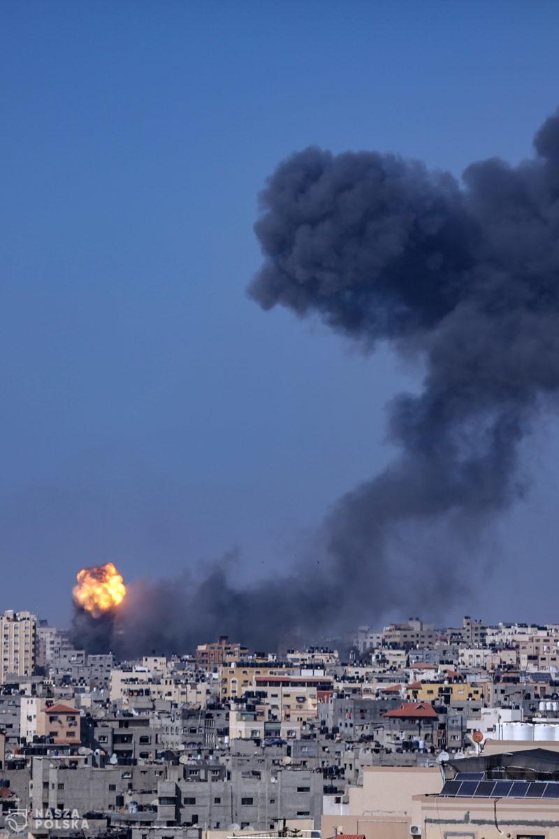 Strefa Gazy/ Po izraelskim ataku runął trzeci wieżowiec