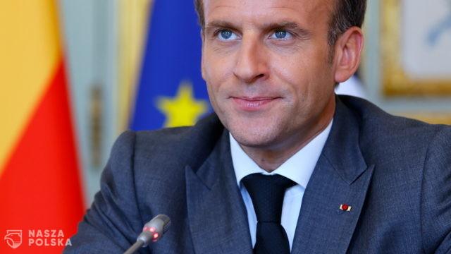 Macron: najpewniej osoby starsze i podatne będą potrzebowały trzeciej dawki szczepionki