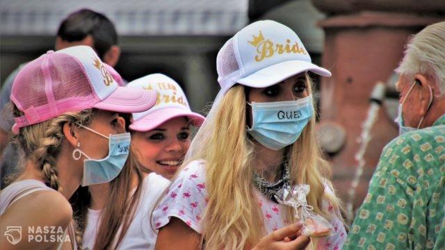 Prof. Wysocki: Nie da się zapobiec kolejnej fali pandemii, jeżeli nie zaszczepimy młodzieży