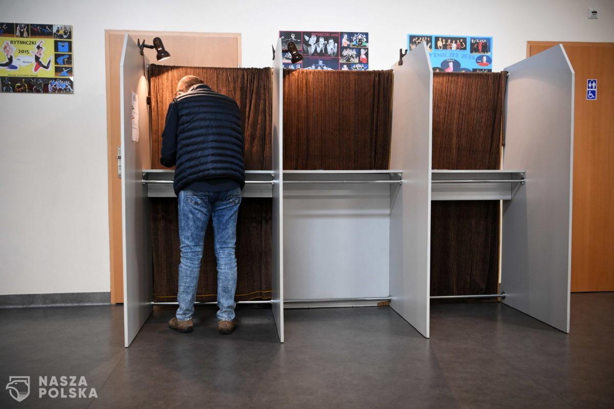 Rzeszów/ Przed południem nie było wielu głosujących w wyborach na prezydenta miasta