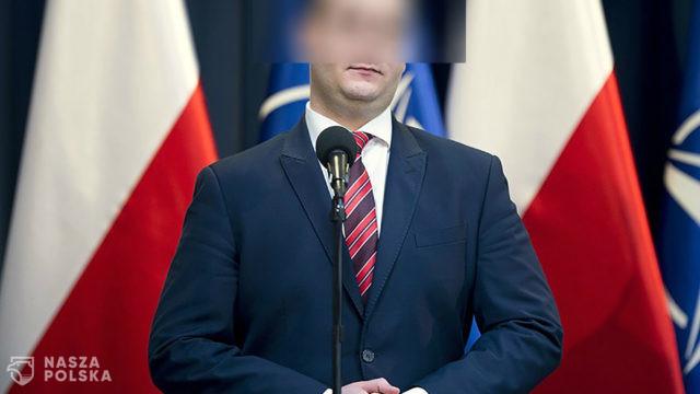 Były rzecznik MON, Bartłomiej M. z zarzutami działania na szkodę PGZ