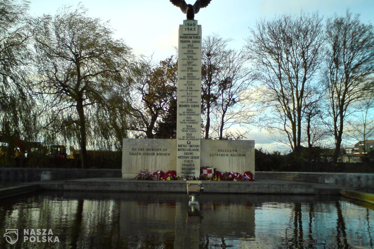 W. Brytania/ W Londynie odsłonięto tablice pamiątkowe poświęcone Polskim Wojskom Lądowym