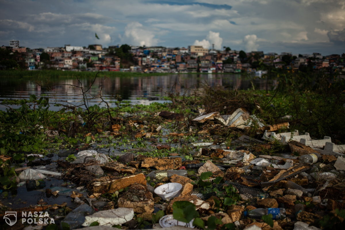 Śmieci – Rio Negro, Brazylia