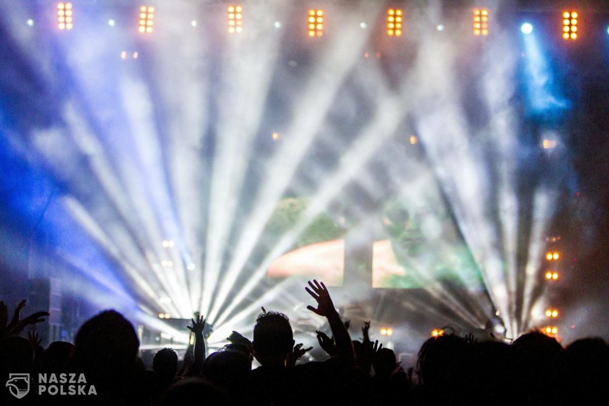 Większe limity na koncertach i wydarzeniach sportowych