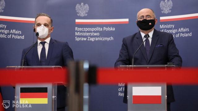 Rau: kwestia zadośćuczynienia Niemiec za zbrodnie II wojny światowej otwarta