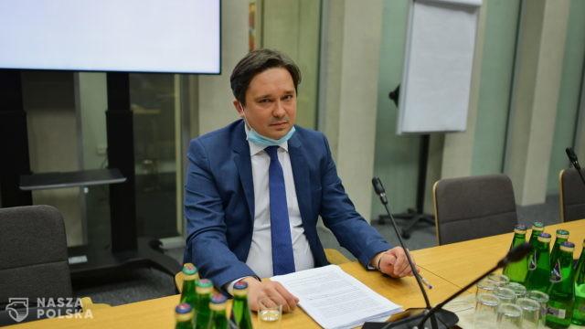 Sejm/ Komisja zarekomendowała kandydaturę prof. Wiącka na RPO