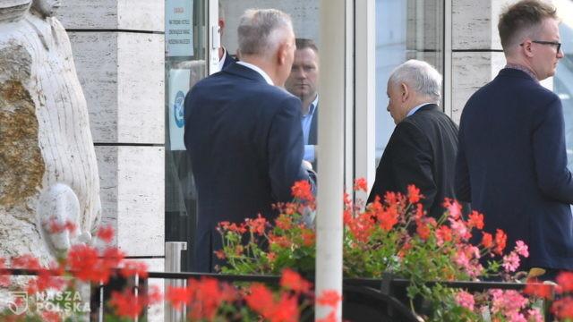 """Kaczyński na klubie PiS: """"musimy w końcu z tą zarazą wygrać"""""""