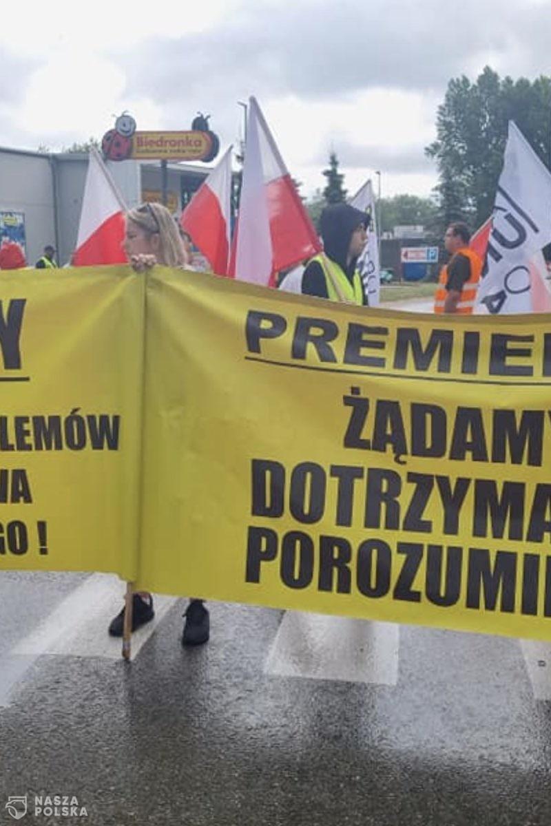 Rybak we Władysławowie: przepraszamy kierowców, ale organizatorem tego protestu jest rząd