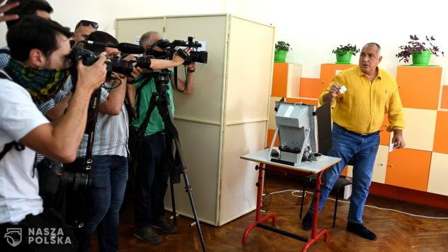 Bułgaria/ Minimalna różnica między głównymi partiami po obliczeniu 95 proc. głosów