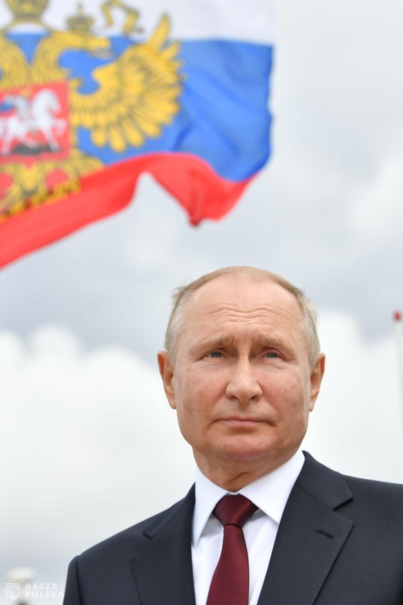 Rosja/ Putin grozi, że Rosja jest w stanie wykryć każdego wroga i zadać nieunikniony cios