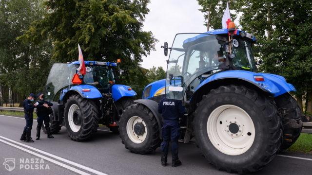 Drugi dzień protestów rolników na drogach w kilku województwach