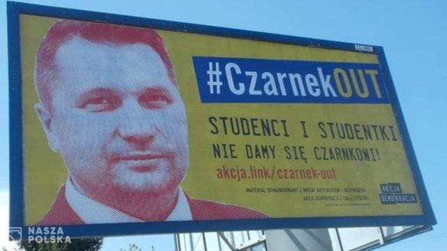 Czarnek o kampanii billboardowej Akcji Demokracji: jest przede wszystkim wymierzona w dzieci