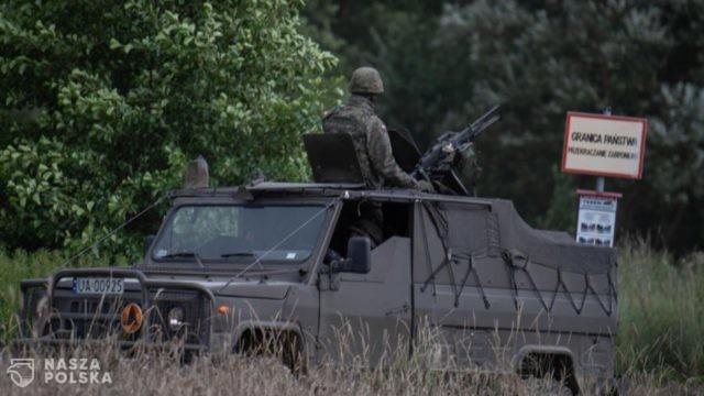 Wojsko Polskie wspólnie ze Strażą Graniczną patroluje odcinek graniczny z Białorusią