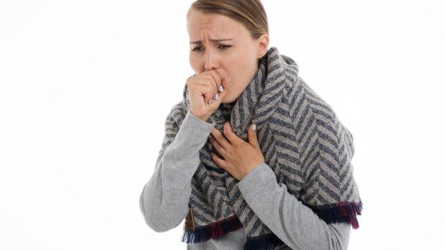 Większość wirusów atakujących drogi oddechowe roznosi się na aerozolach