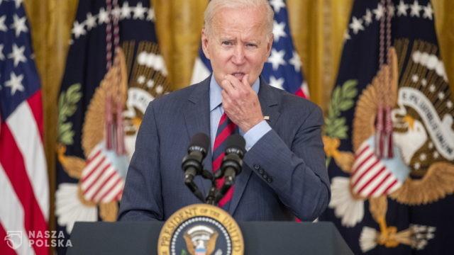 USA/ Biden: Stany borykają się obecnie z epidemią niezaszczepionych
