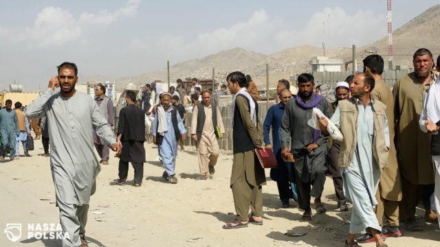Wiceszef MON: z Kabulu ewakuowaliśmy w środę blisko 80 osób, kolejna grupa jest przygotowana