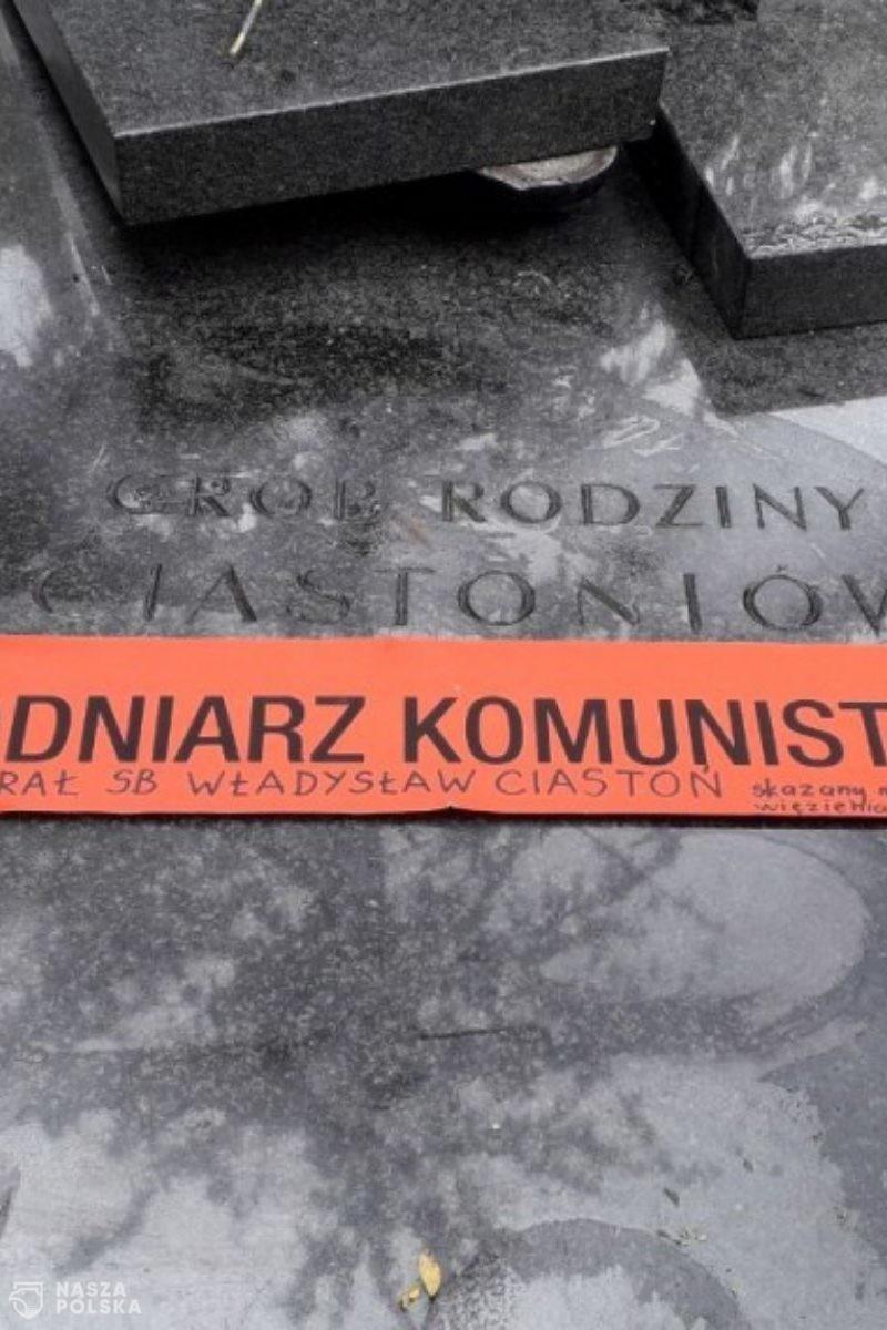 Akcja: Powązki NIE dla zbrodniarzy komunistycznych!