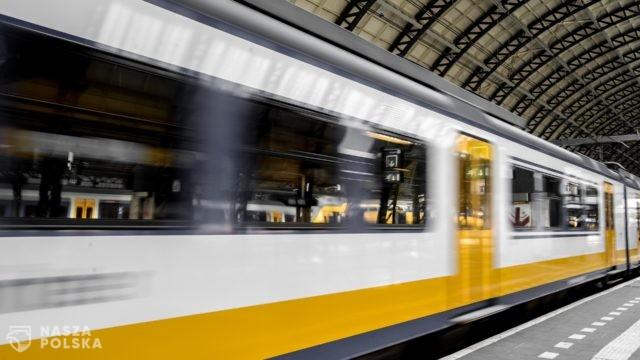 Włochy/ Od 1 września przepustka Covid-19 wymagana w szybkich pociągach i Intercity