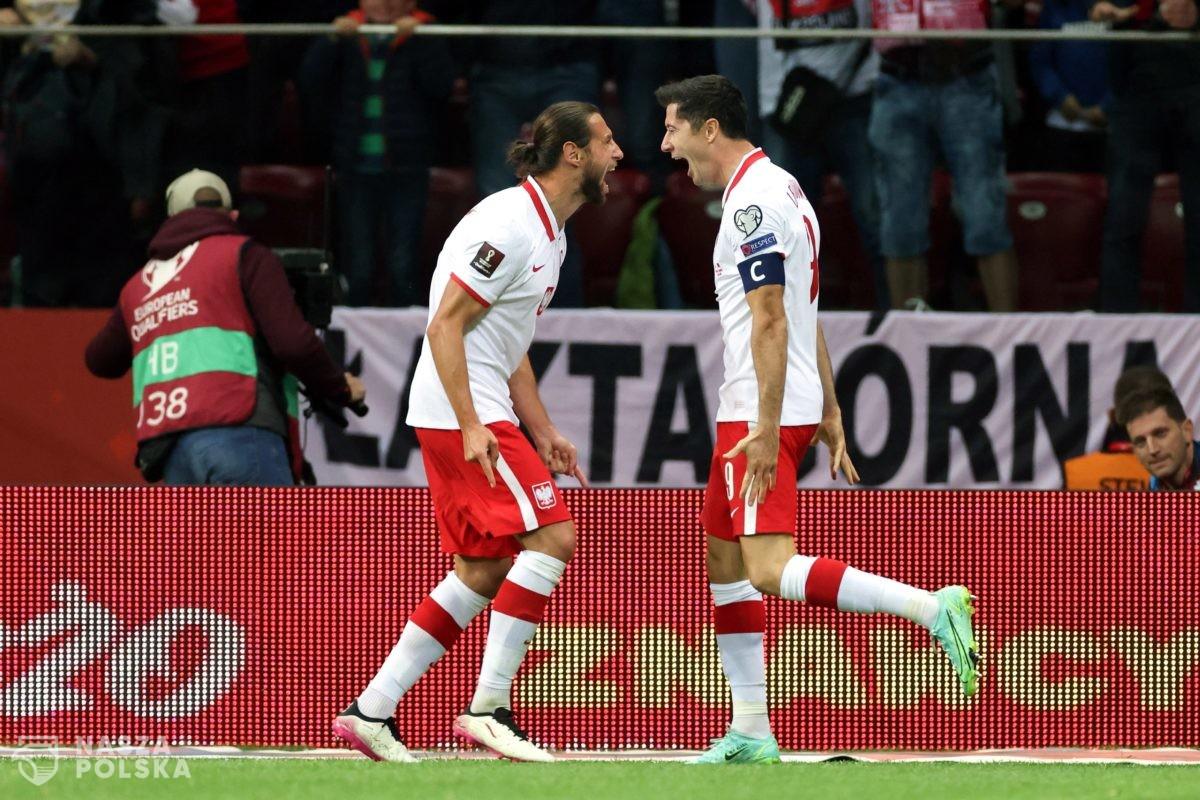 Radość piłkarzy. Polska – Albania 4:1