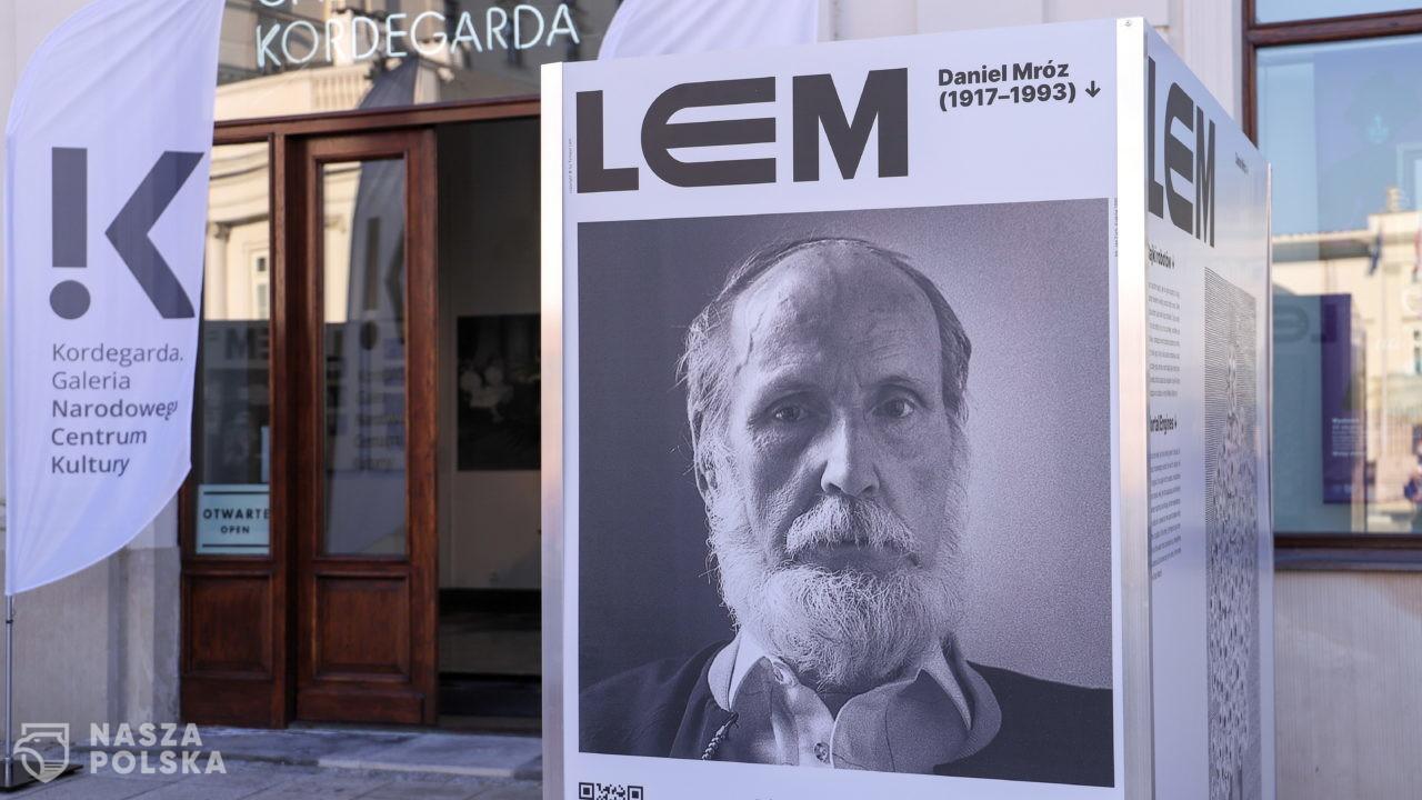 100 lat temu urodził się Stanisław Lem – pisarz, futurolog, filozof, patron roku 2021