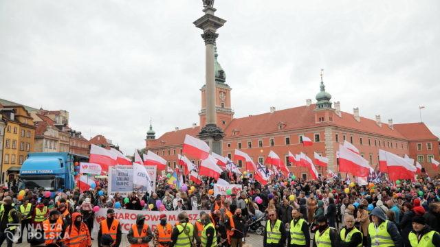 Ulicami stolicy przeszedł XVI Narodowy Marsz Życia i Rodziny