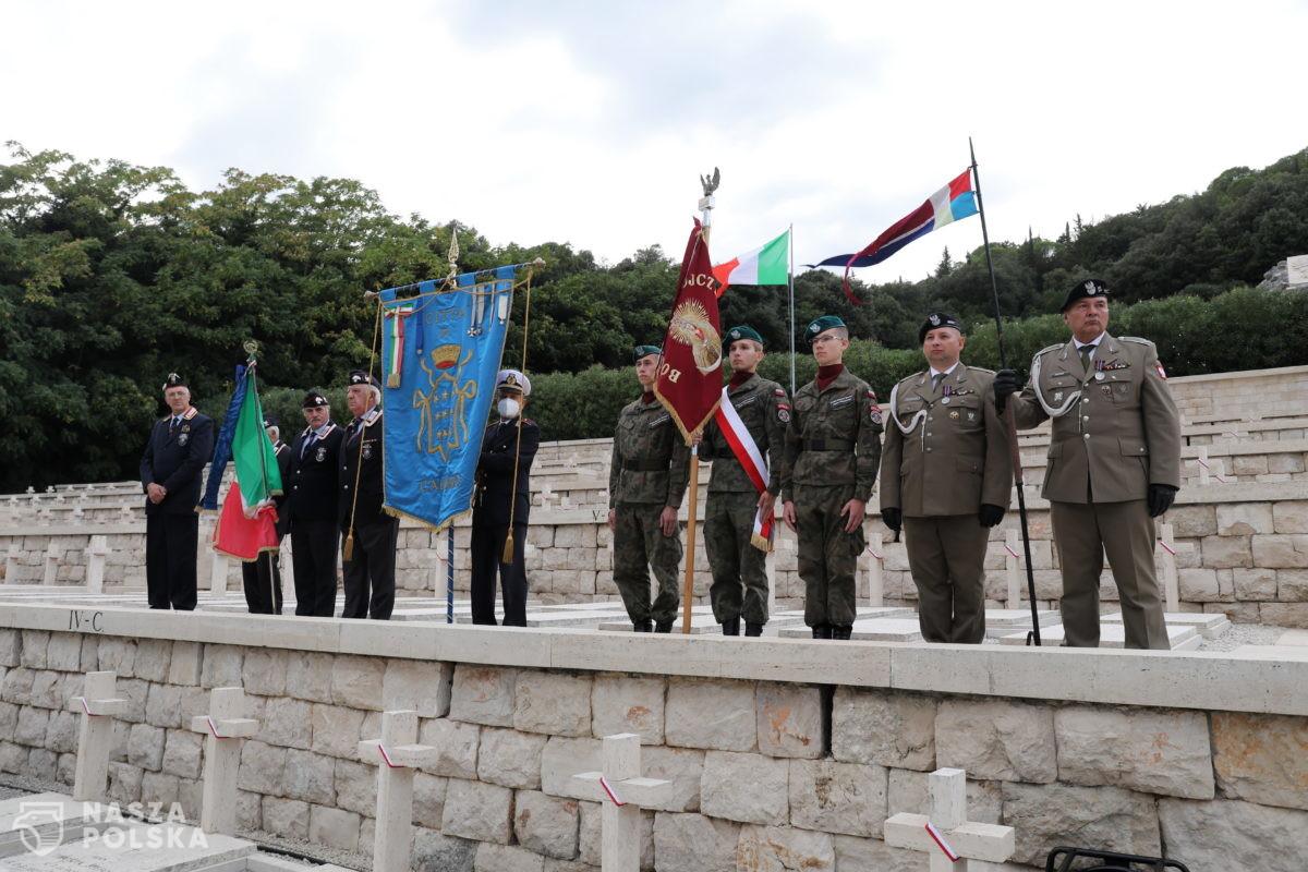 Weterani gen. Andersa oddali na Monte Cassino hołd swojemu dowódcy i poległym kolegom