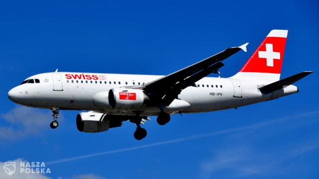 Szwajcaria/ Linie lotnicze zwolnią niezaszczepionych pracowników pokładowych